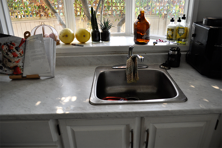 Mini Kitchen Makeover from Budget but Beautiful.